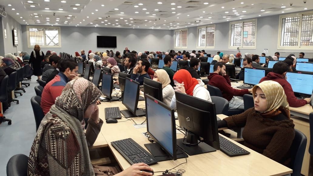 تـــــقــــرير عن تطبيق الإختبارات الإلكترونية  بكلية الطب -جامعة عين شمس